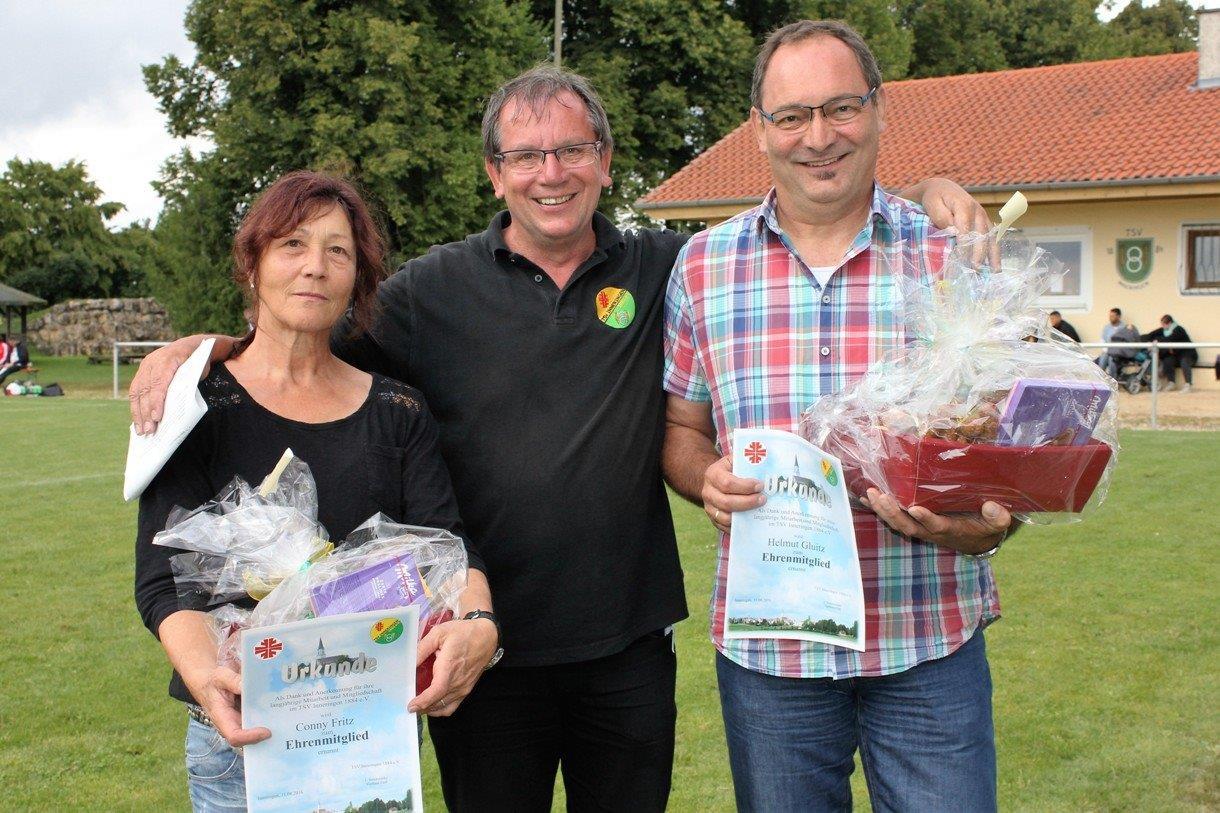 Conny Fritz und Helmut Gluitz wurden im Rahmen des Vereinsfestes des TSV Inneringen zu Ehrenmitgliedern ernannt